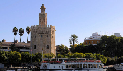 Torre del Oro and Riverboat