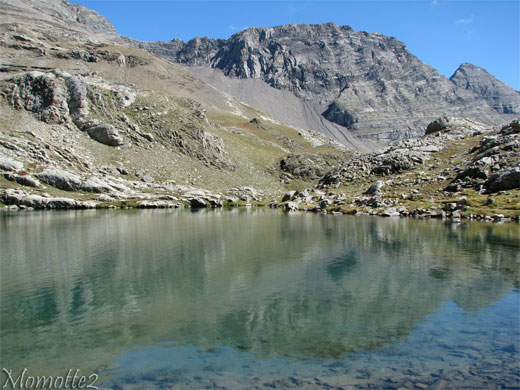 Mountain's reflect in the lake