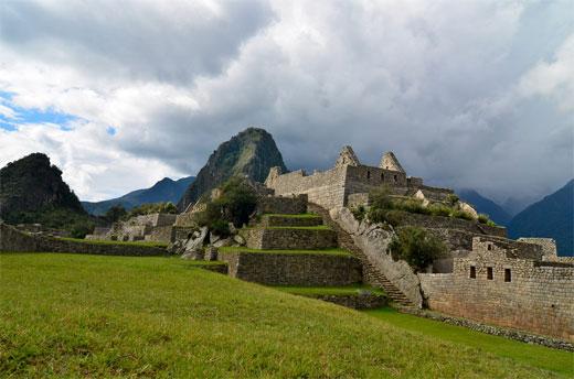 Machu Picchu - Cloudy sky