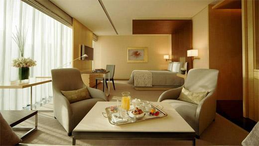 Four Seasons Hotel Tokyo at Marunouchi Interior