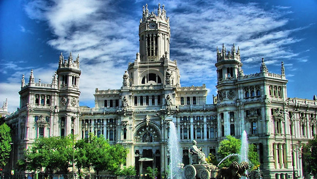 Madrid Spains Green Zones And Famous Outdoor Attractions