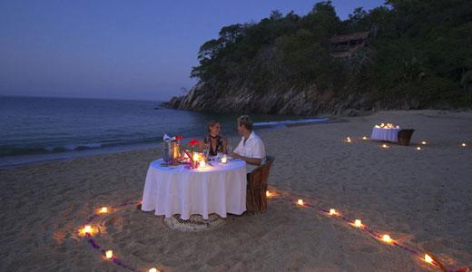 Dining Candlelight Majahuitas