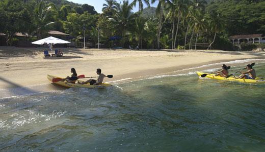 Activities Majahuitas Kayaking