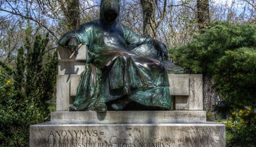 Anonymus Statue