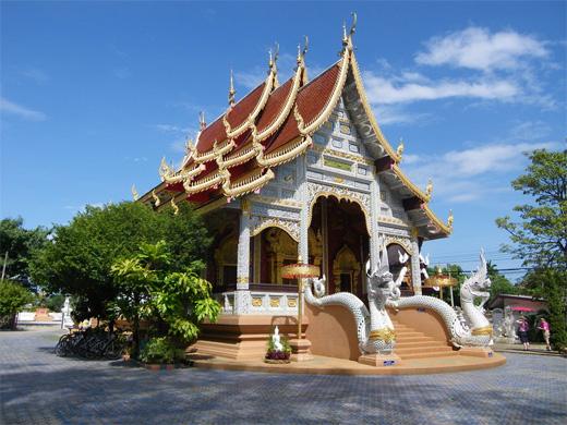 Temple nr Chiang Mai Thailand