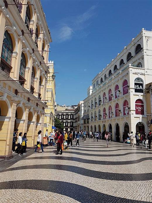 Hong Kong Macau Itinerary: Senado Square