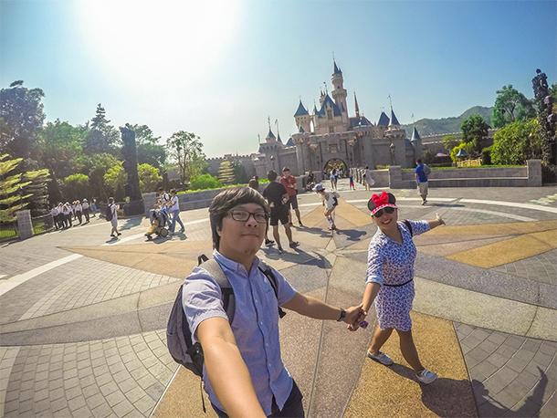 Reason to Visit Theme Parks: Walking Exercise