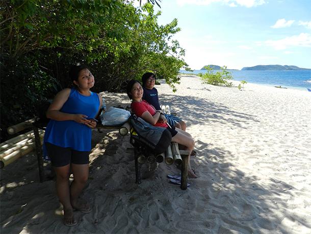 Calauit Safari Tour Pamalican Island Tables