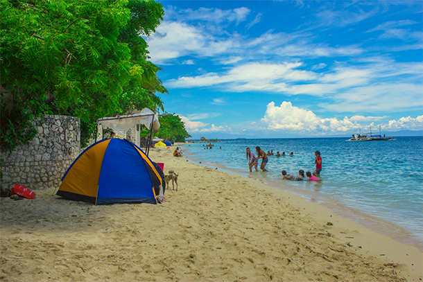 Things To Do In Moalboal, Cebu Moalboal Beach Front