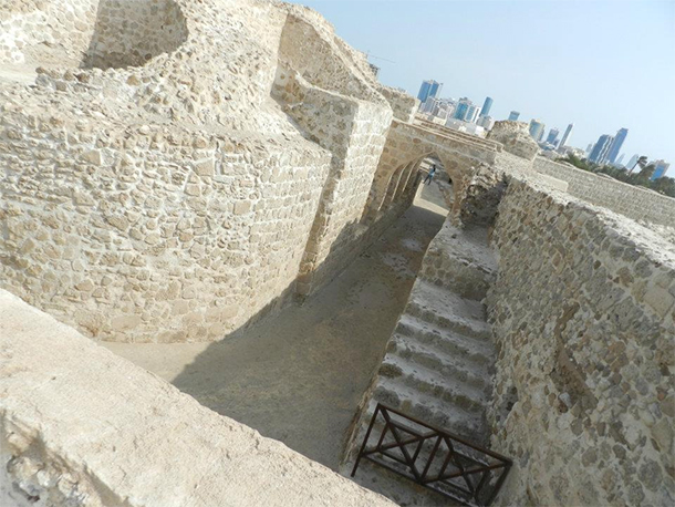 Bahrain Attractions Qal'at al Bahrain Excavation
