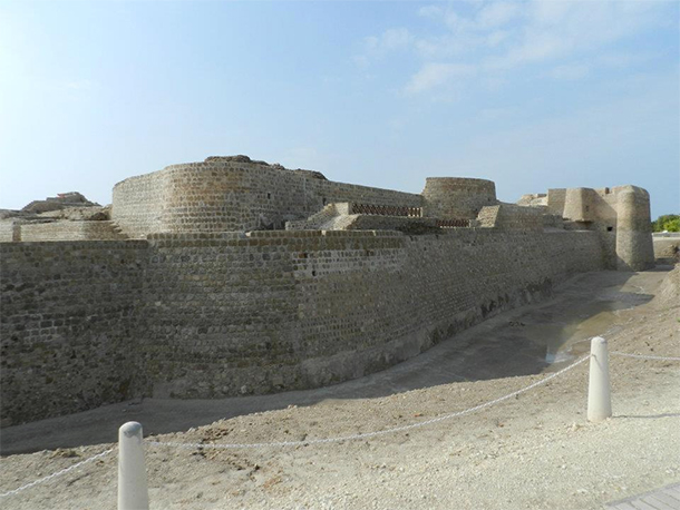 Bahrain Attractions Qal'at al Bahrain
