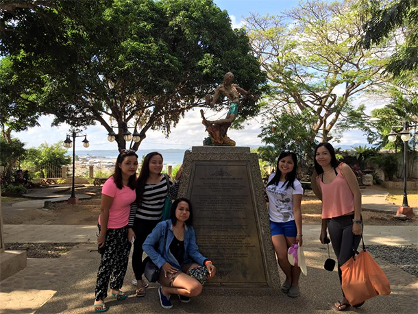 Plaza Cuartel Monument