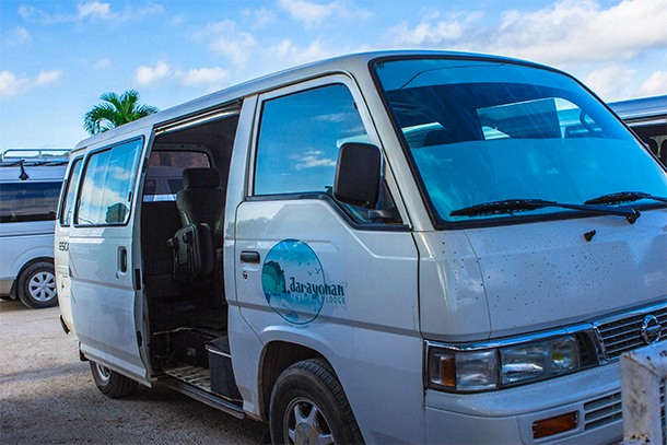 Coron Accommodation : Darayonan Lodge Van