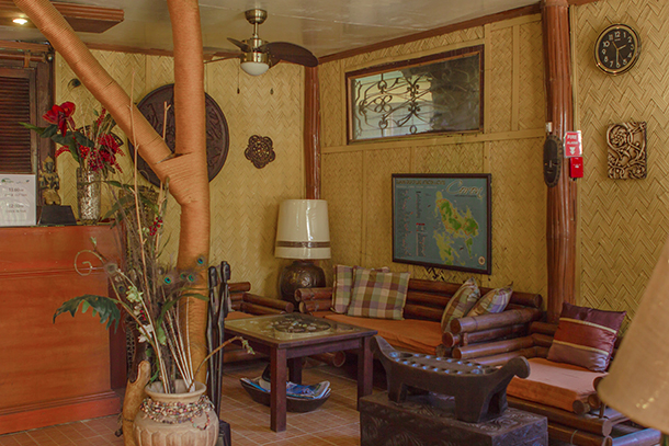 Coron Accommodation : Darayonan Lodge Reception
