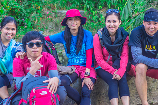 Osmeña Peak Hike: Mandatory Group Photo
