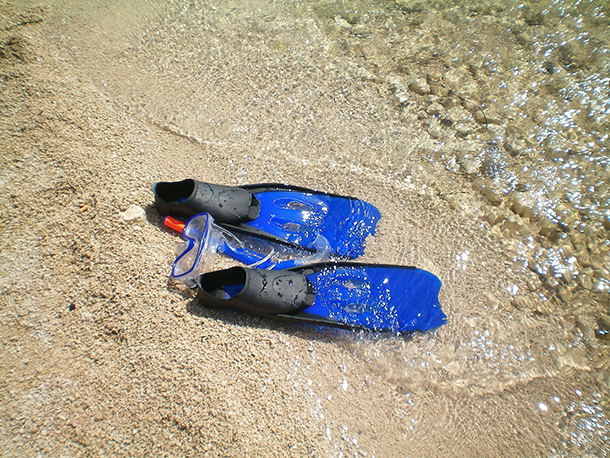 Packing List for Island Hopping in the Philippines: Snorkel Fins