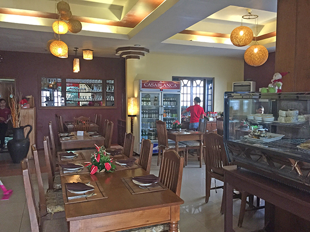 Restaurants in Dumaguete: Casablanca Restaurant View at the Front