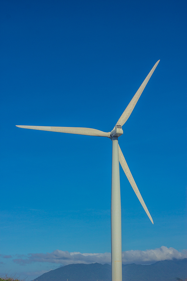 Ilocos Norte Tourist Spots: Windmills Turbine