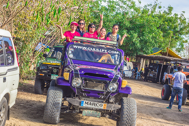 Paoay Sand Dunes: 4x4 Jeep