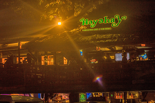 Restaurants in Dumaguete: Hayahay Treehouse Bar and View Deck