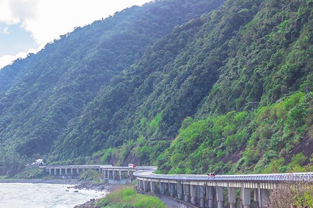 Ilocos Norte Tourist Spots: Patapat Viaduct