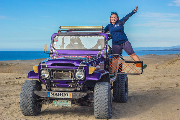 Paoay Sand Dunes: Jeep Photo