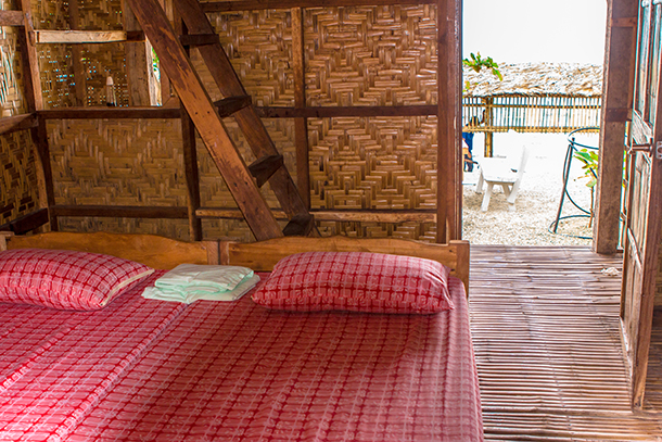 Sambawan Island Travel Guide: Room Bed