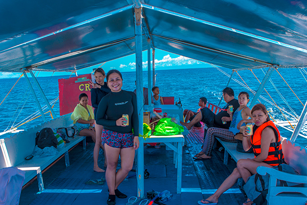 Bohol Island Hopping: Lunch at Boat