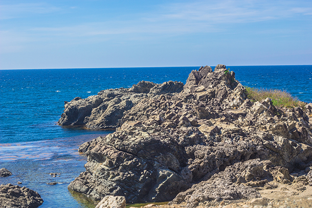 Ilocos Tour: Rock Formation En Route to Manila>