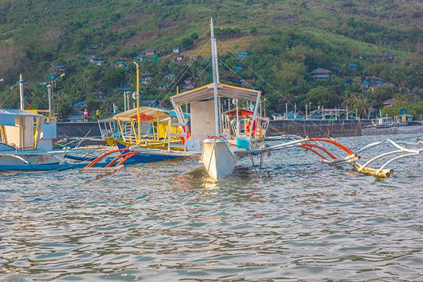 Manjuyod Sandbar Budget Guide: Go in Groups. Manjuyod Boats