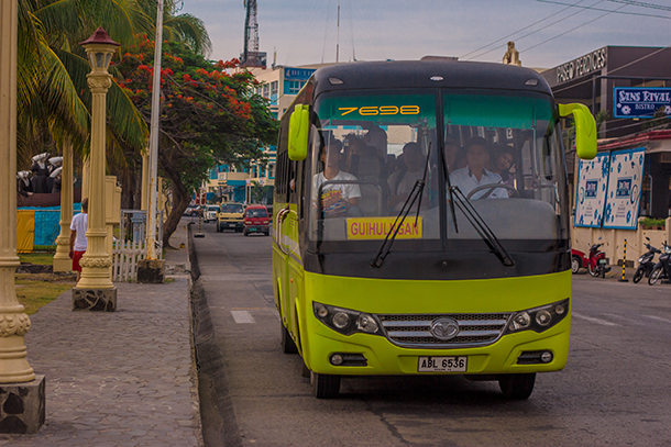 Transportation in the Philippines: Bus