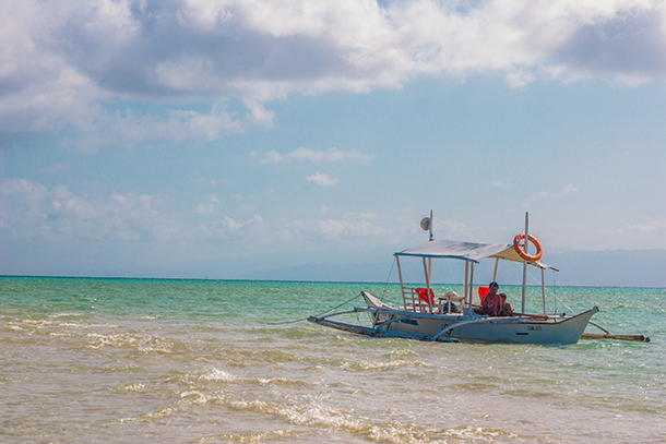 Manjuyod Sandbar Budget Guide: Contact a Local Boatman