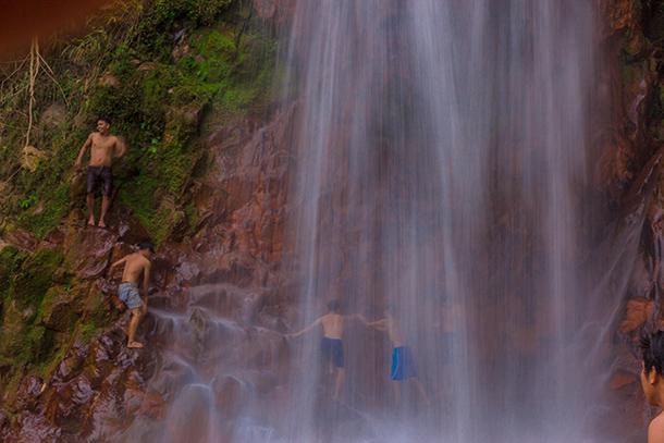 Pulang Bato Falls: Cliff Jumping