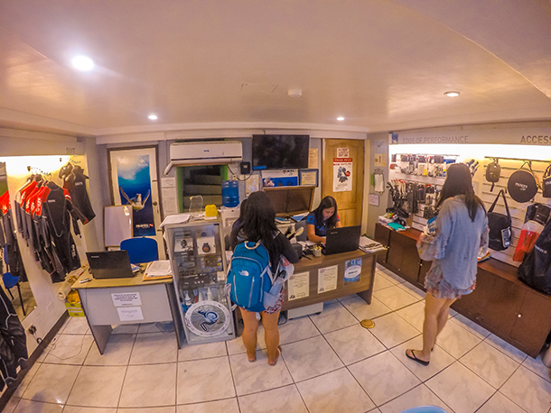 Apo Island Tour Package: Registration Area