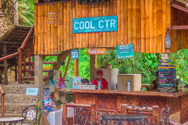 Pulang Bato Falls: Restaurant