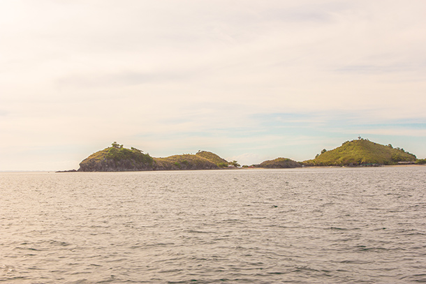 Photos of Sambawan Island: Approaching the Island