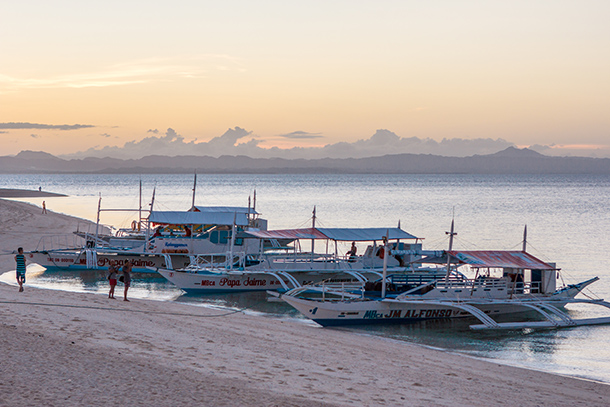 Photos of Kalanggaman Island: Boats Anchored