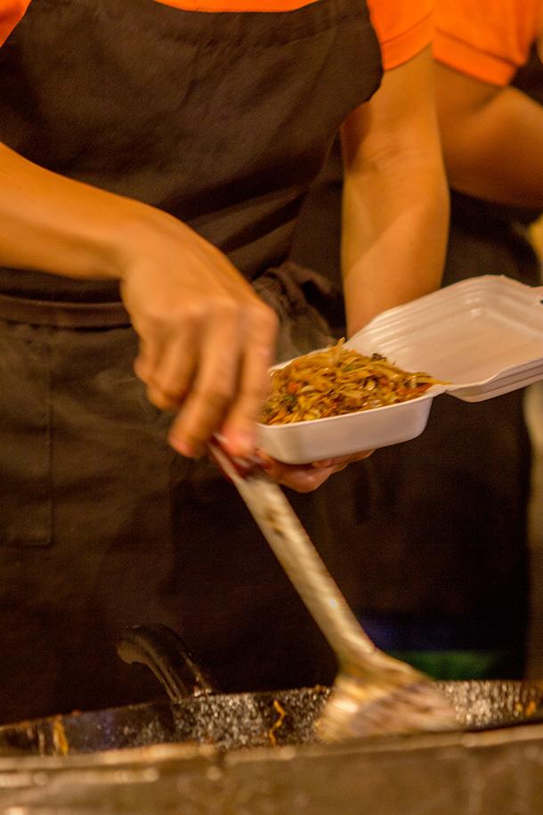 Sugbo Mercado Food Guide: Mee Goring