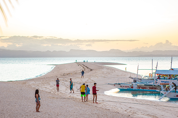 Photos of Kalanggaman Island: Sandbar at Dawn