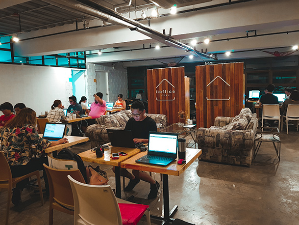 Co-Working Spaces in Cebu City: iiOffice Cebu