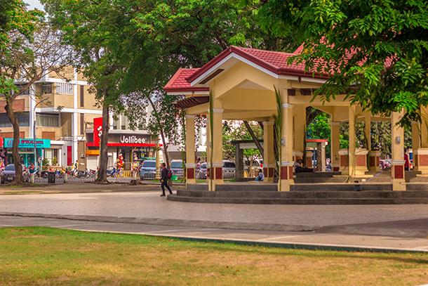 Dumaguete Itinerary Day 3: Quezon Park