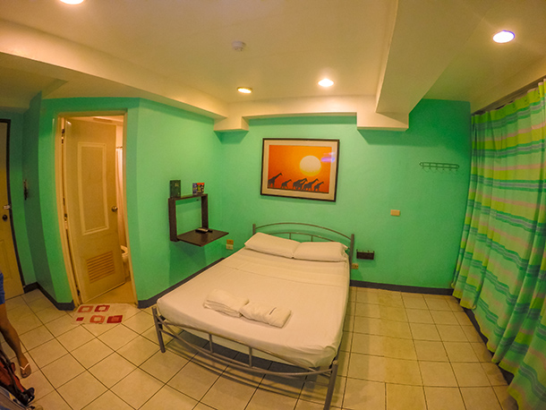 Dumaguete Hotels: Harold's Mansion Room