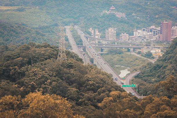 Views from the Maokong Gondola