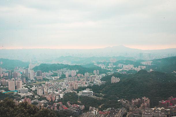 Taipei Skyline from the Gondola