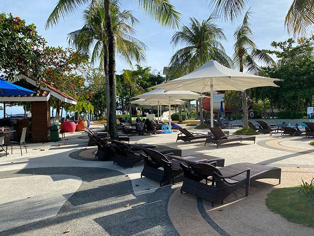 Day-Use At Jpark Island Resort and Waterpark
