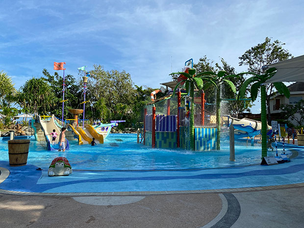 Swimming Pool at Jpark Island Resort